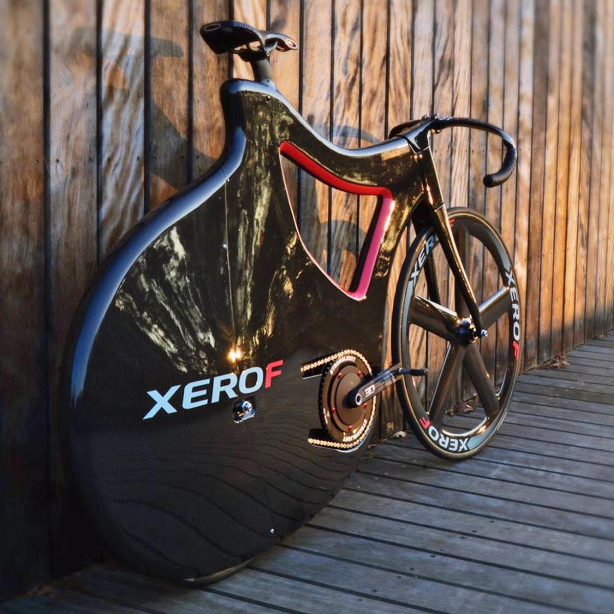Nuno-Teixeira_Pluma-Track-Bike_fully-faired-carbon-prototype_complete (8)