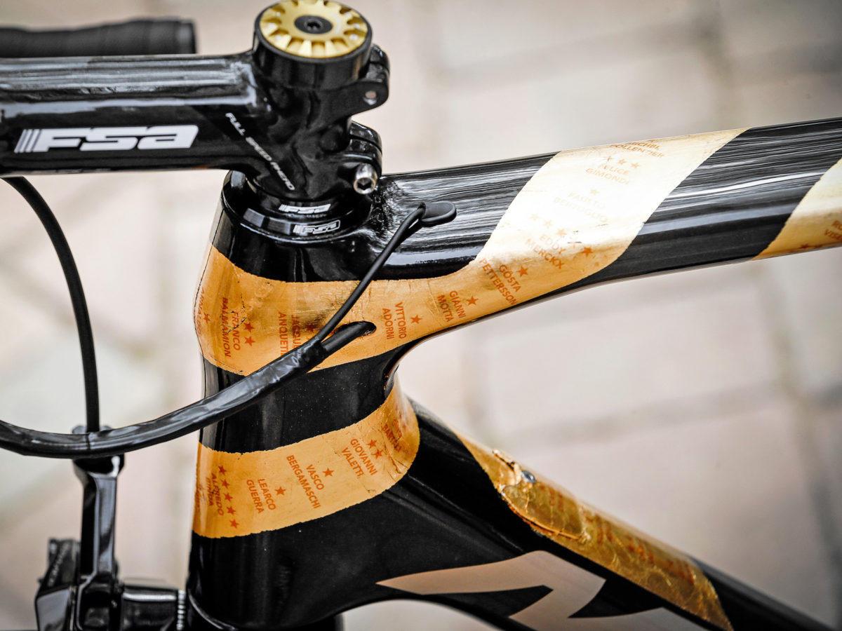 Nibali-100-year-Giro-dItalia_Merida-Scultura-special-edition_photo-by-Bettiniphoto_headtube