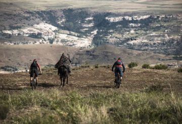 following the horsemen mtb horse epic scenery