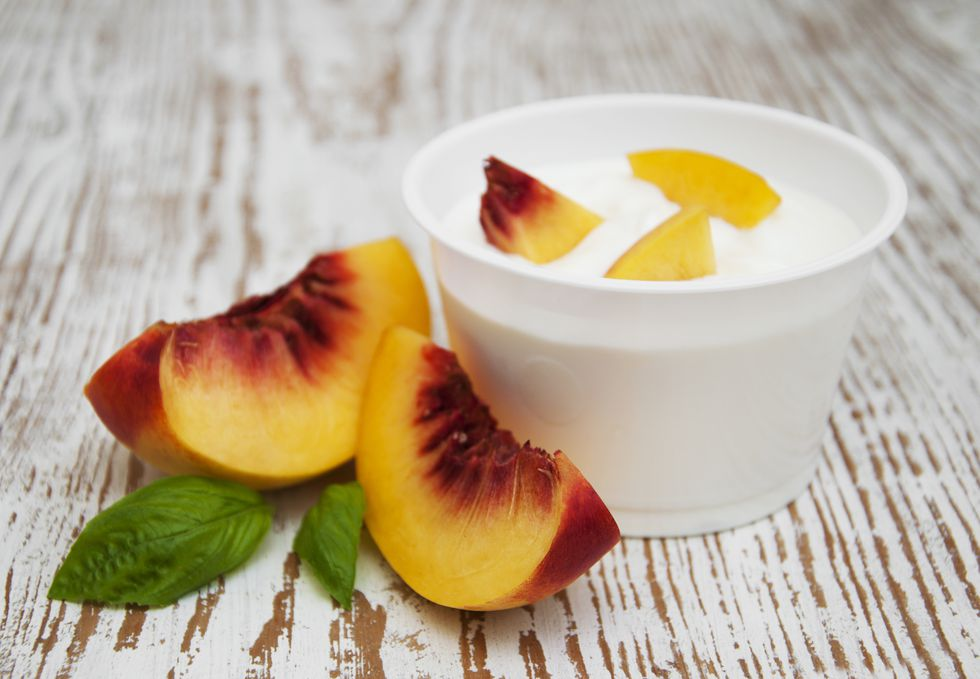 yogurt with peach